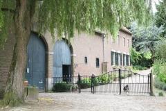 Craubeek-091-Boerderij-met-waakhond