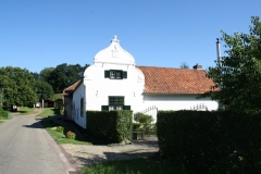 Nuth-054-Monumentale-boerderij-in-Terstraten-1740
