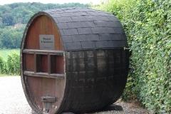 Rondom-Kanne-080-Apostelhoeve-met-groot-wijnvat