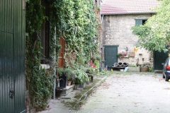 Rondom-Ubachsberg-071-Binnenplaats