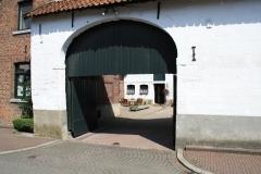 Sint-Geertruid-037-Doorkijk-op-binnenplaats