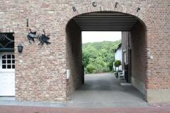 Sint-Geertruid-Moerslag-067-Doorkijk-op-binnenplaats