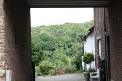 Sint-Geertruid-Moerslag-068-Doorkijk-op-binnenplaats