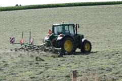 Klimmen-Termaar-005-Tractor-met-hooiwender