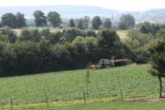 Klimmen-Termaar-068-Tractor-met-spuitinstallatie