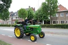 Gulpen-Vrolijk-op-de-tractor-3