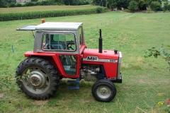 Rondom-Kanne-157-Tractor-Massey-Ferguson-565